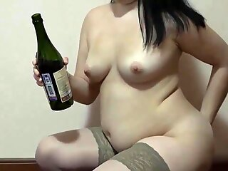 Hot Cam Anal With A Bottle