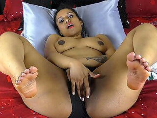Sexy South Indian Hornylily Pounding Her Hairy Pussy Masturbating