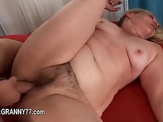 enormous mature coitus hard