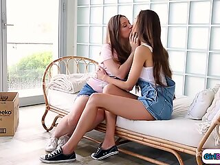 Neighbour give her friend her first lick