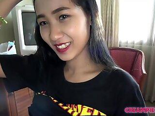 Japan man creampies thai sexy girl in hot sex scene