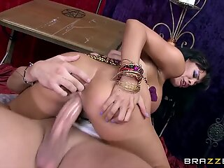 Luna starlet sees penis in her future  - Brazzers